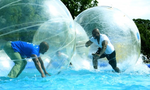 Water Walking Zorbs, Teambuilding