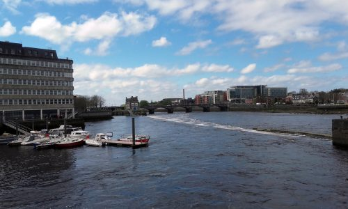 Cycling tours near Boats and Weir